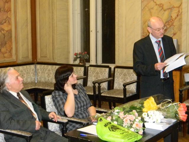 Презентація книжок Тетяни Череп (20120302m-Череп-Пероганич-Головко.JPG)