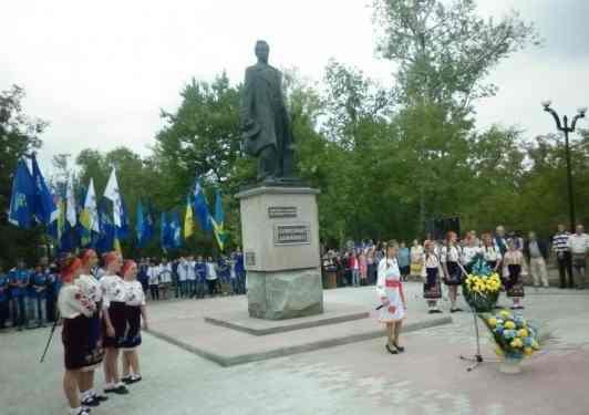 Новокаховський приклад для чернігівців і киян (P1000200.jpg)